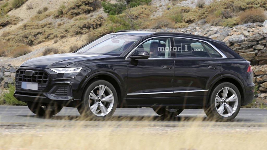 "Audi Q8 ""фатен"" со минимум камуфлажа"