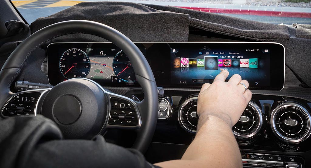 Новиот мултимедијален систем на Mercedes / ФОТО+ВИДЕО