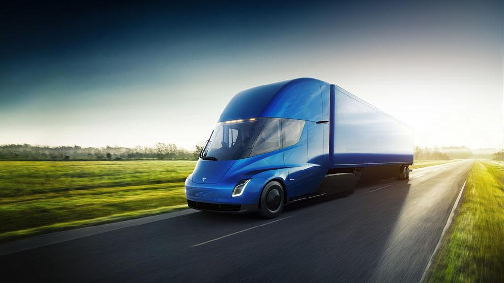 Електричниот камион на Tesla ќе се вози и низ Европа