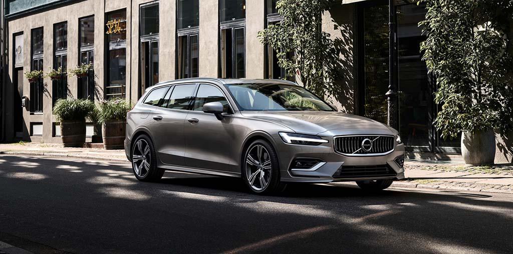 Новиот Volvo V60: секси караван со напредни технологии / ФОТО + ВИДЕО