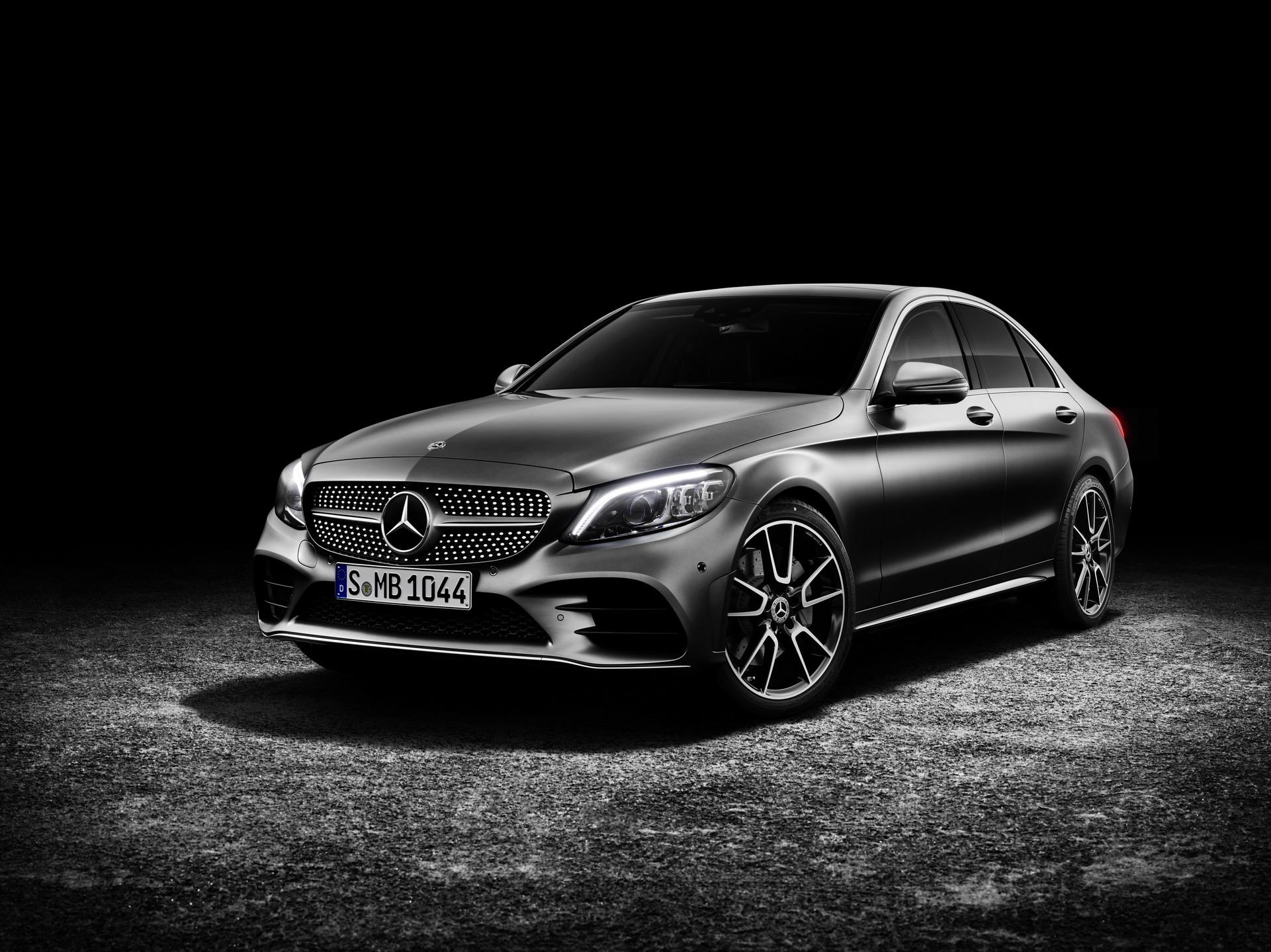 Рестилизација за најважниот модел во гамата – Mercedes C-class / ФОТО+ВИДЕО