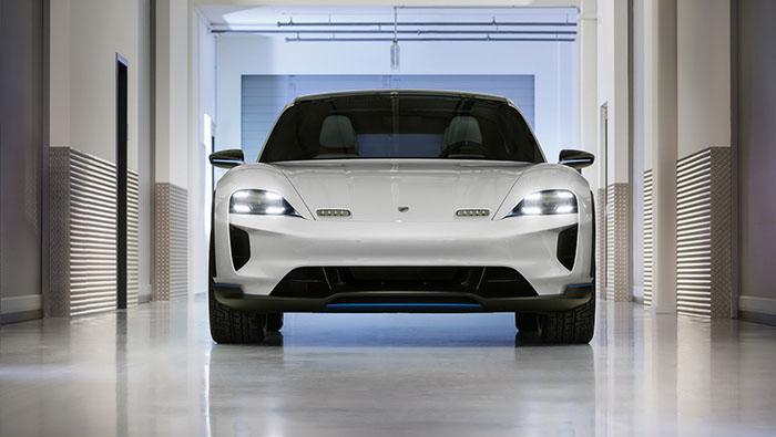 Женева 2018: Porsche Mission E Cross Turismo Concept / ФОТО