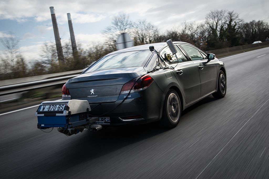Автомобилите трошат до 75 проценти повеќе гориво споредбено со фабричките бројки