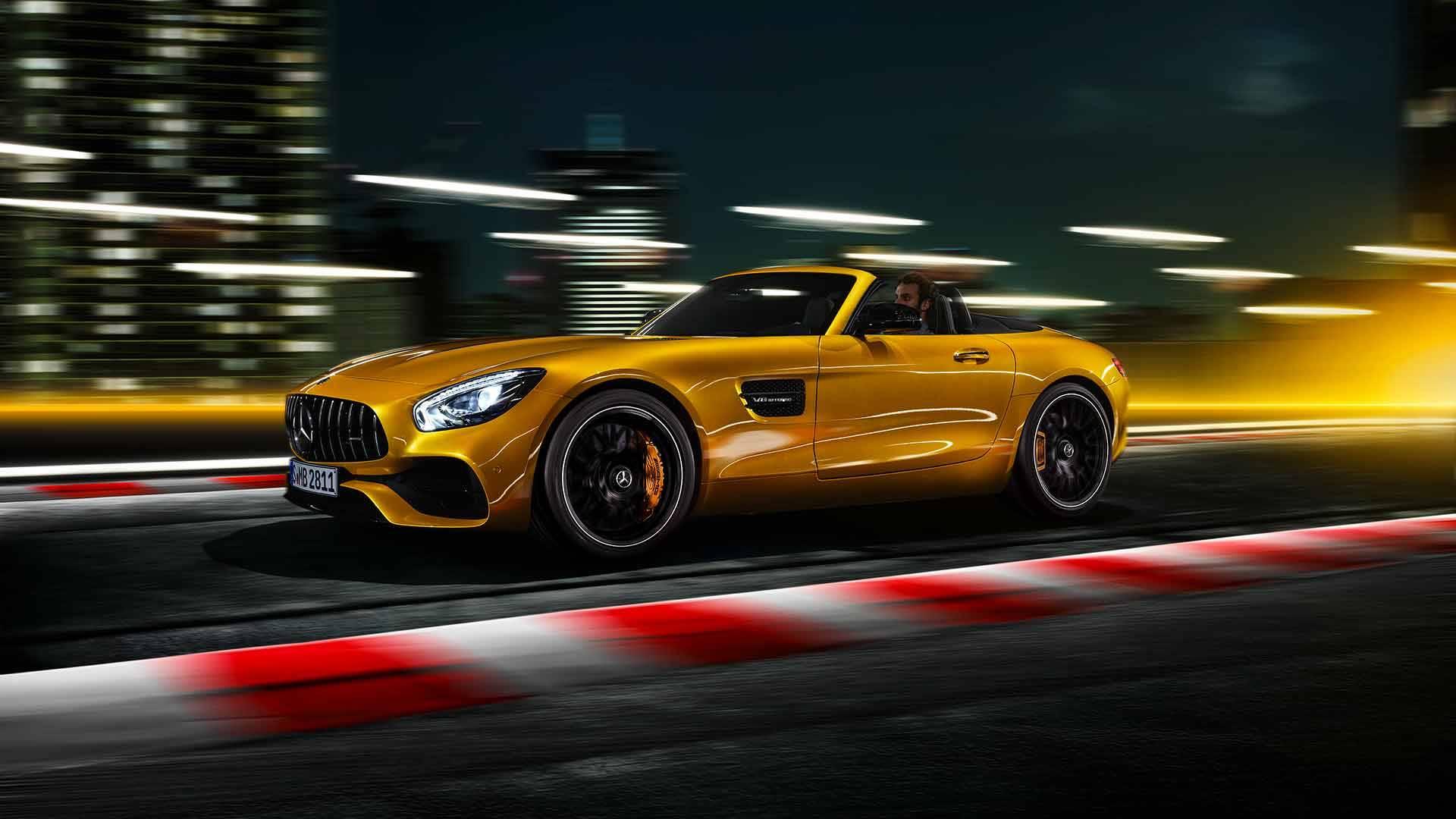 Новитети: Mercedes AMG GT S Roadster со 522 КС / ФОТО