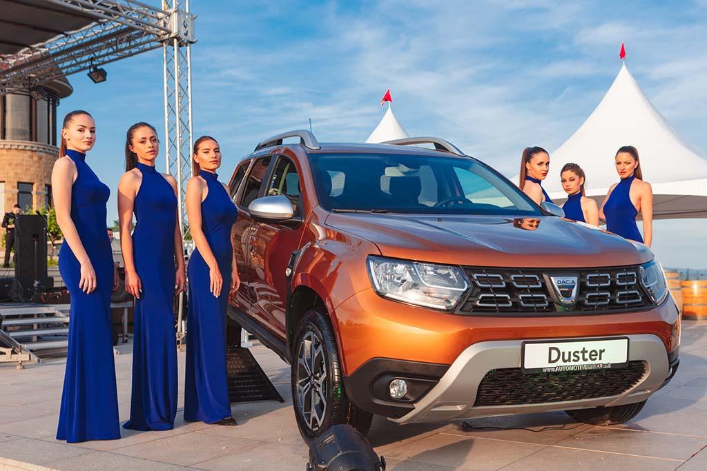 """Официјално доделено блескавото признание """"Автомобил на годината во Македонија 2018"""" на Dacia Duster"""