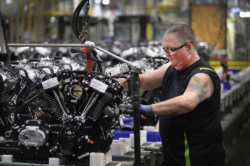 """Harley-Davidson """"бега"""" од САД за да не ја зголеми цената на моторите?!"""