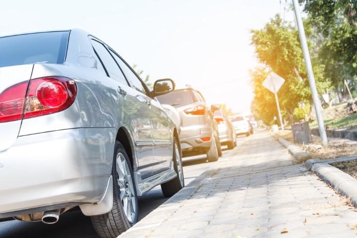 Колку е опасно да се паркира автомобилот на сонце