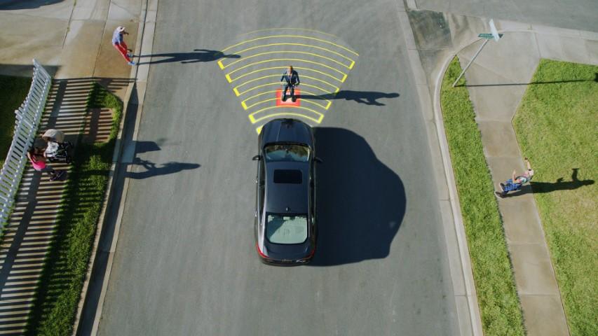 SUV и кросовер моделите се до три пати поопасни за пешаците отколку стандардните автомобили?!