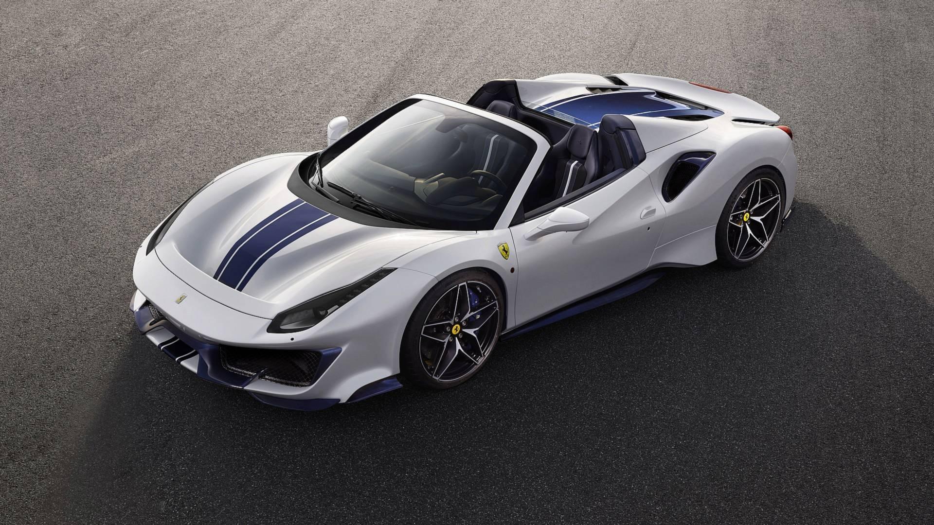 Премиера: Ferrari 488 Pista Spider / ФОТО