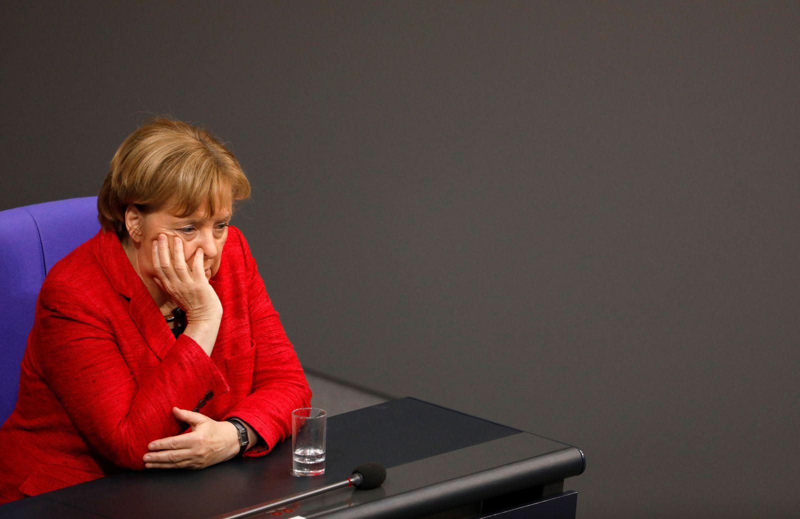 Меркел со големо предупредување за европската автомобилска индустрија