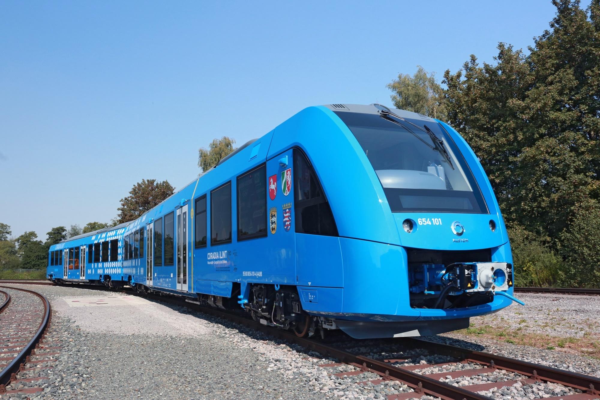 Во Германија почна да сообраќа првиот воз на водород
