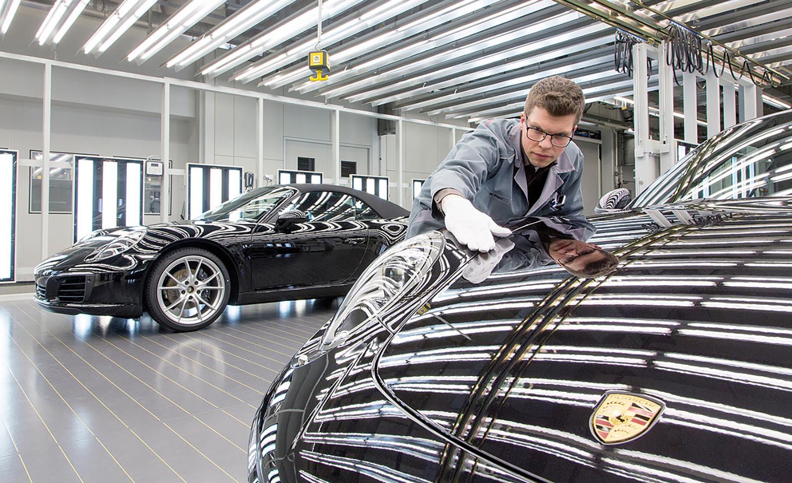Во Porsche признаваат дека дизелгејт им ја нарушил репутацијата