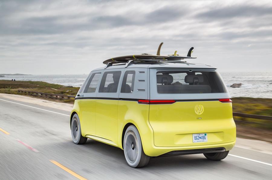 Volkswagen предупредува за огромните трошоци за електрификација
