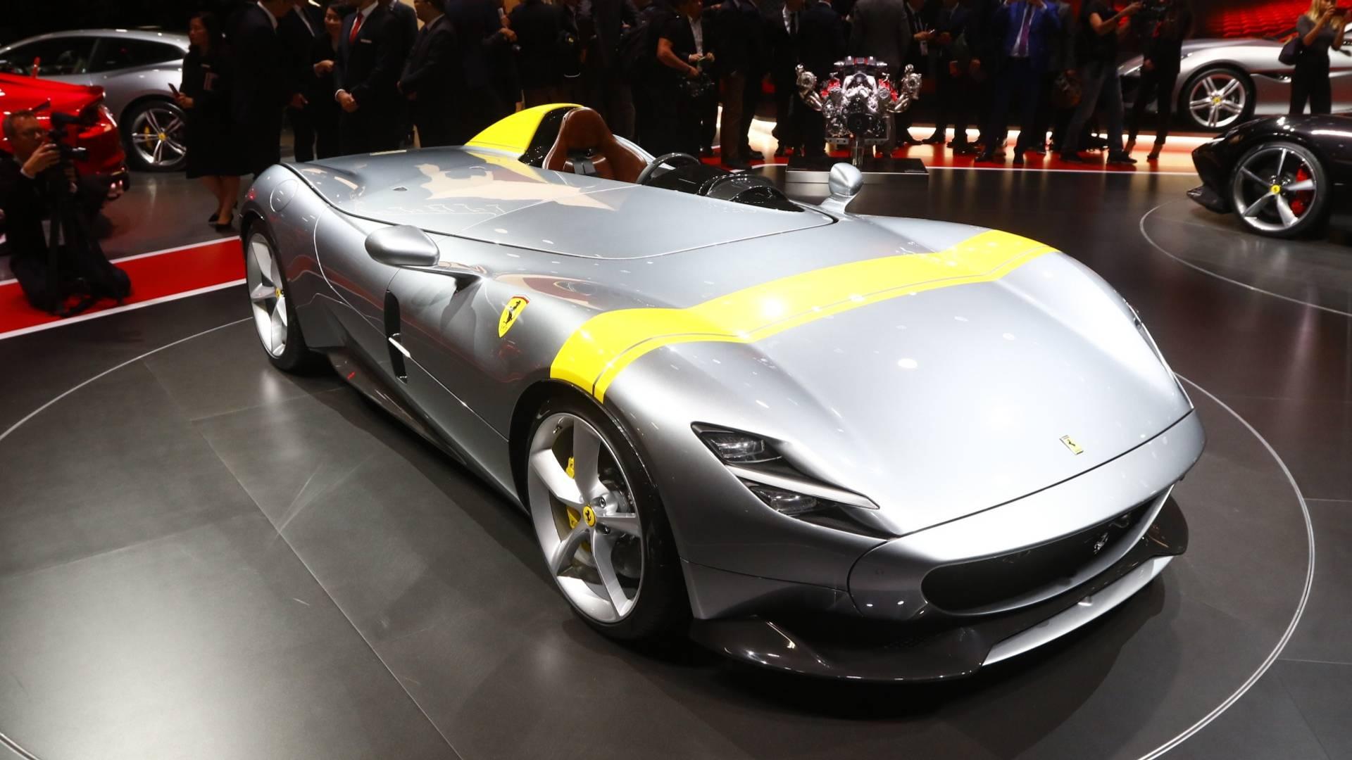 2018 Paris Motor Show: Ferrari Monza SP1 & SP2