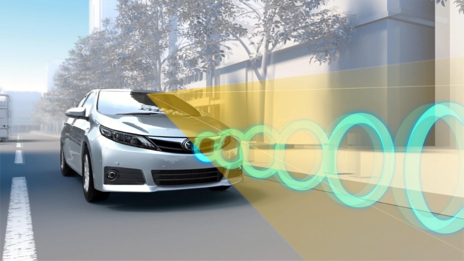 Го имаат десет милиони Toyota возила и драстично го намалува бројот на сообраќајни несреќи / ВИДЕО