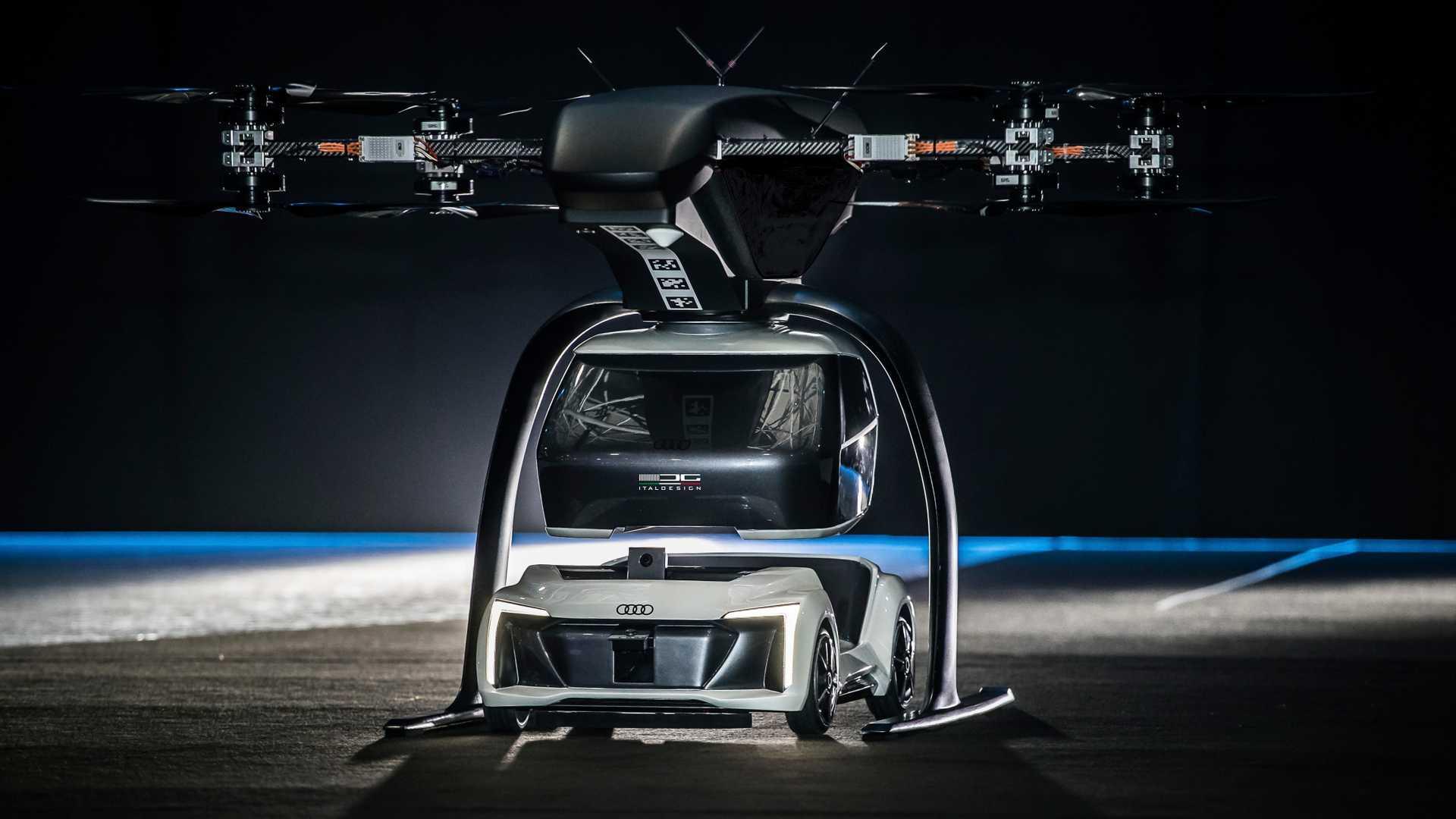 Фантастика или блиска реалност: самолетечко такси од Audi / ФОТО