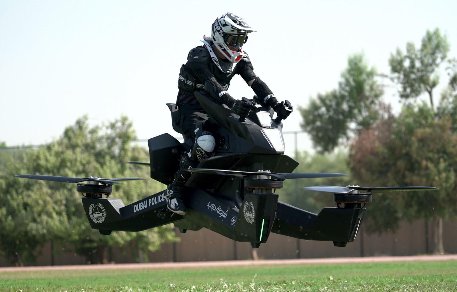 Полицијата во Дубаи ќе користи летачки мотоцикли