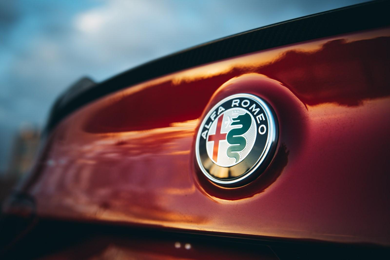 Alfa Romeo ја усвојува технологијата на лесни хибриди – E-Booster