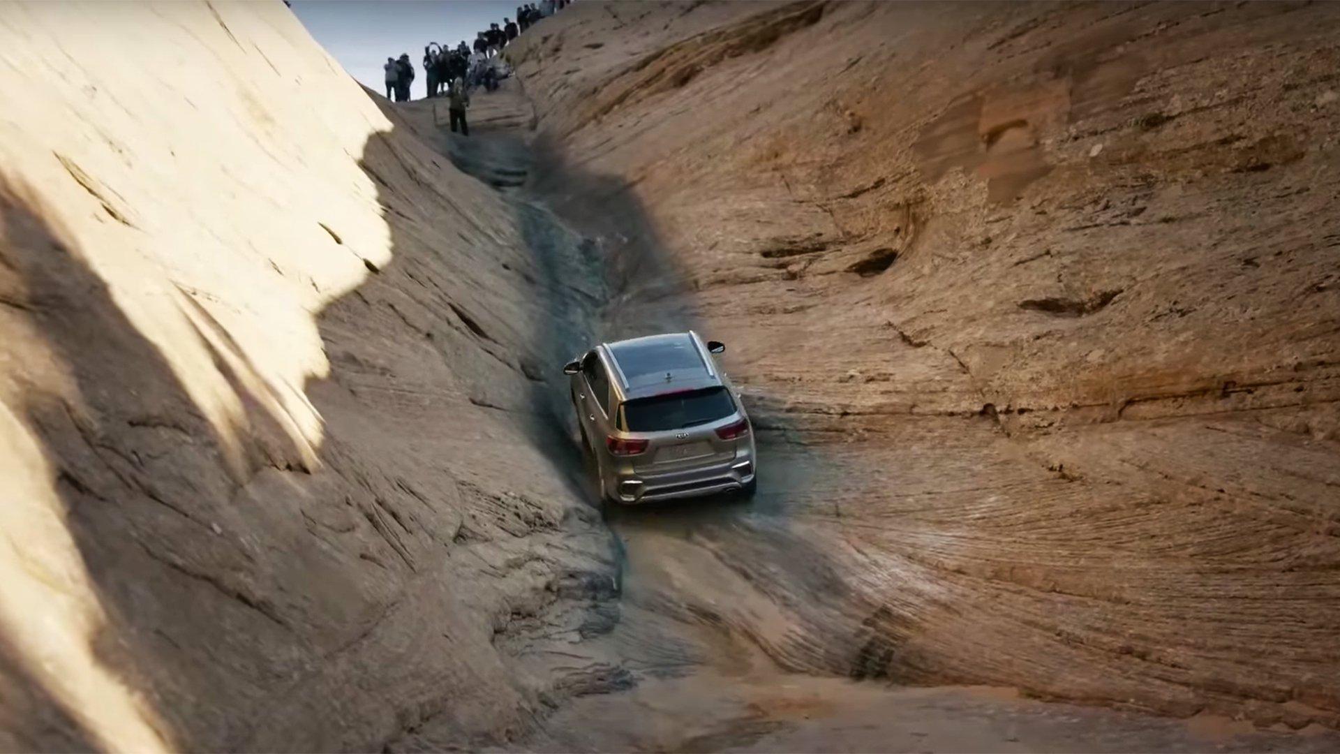 Jeep со комерцијална објава ја исмејува Kia / ВИДЕО