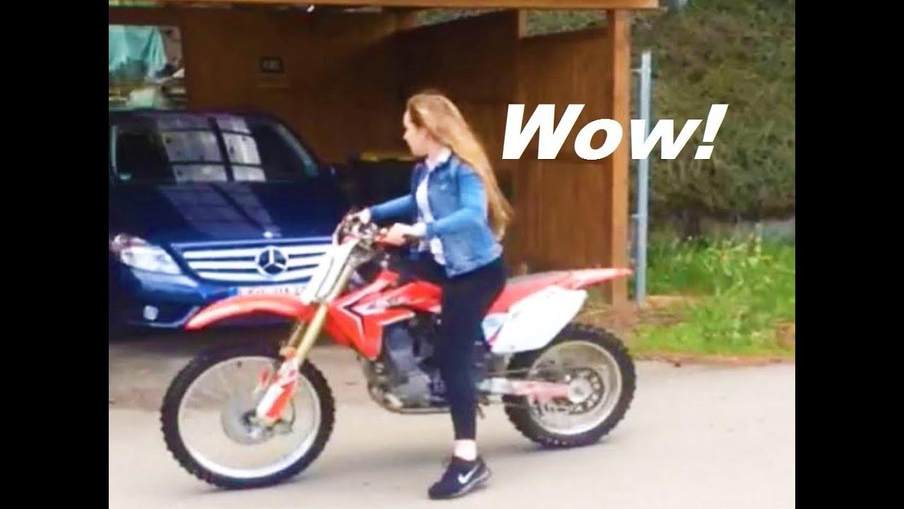 Мотоцикли – судари, смешни ситуации, мајстори КАРАМБОЛ / ВИДЕО