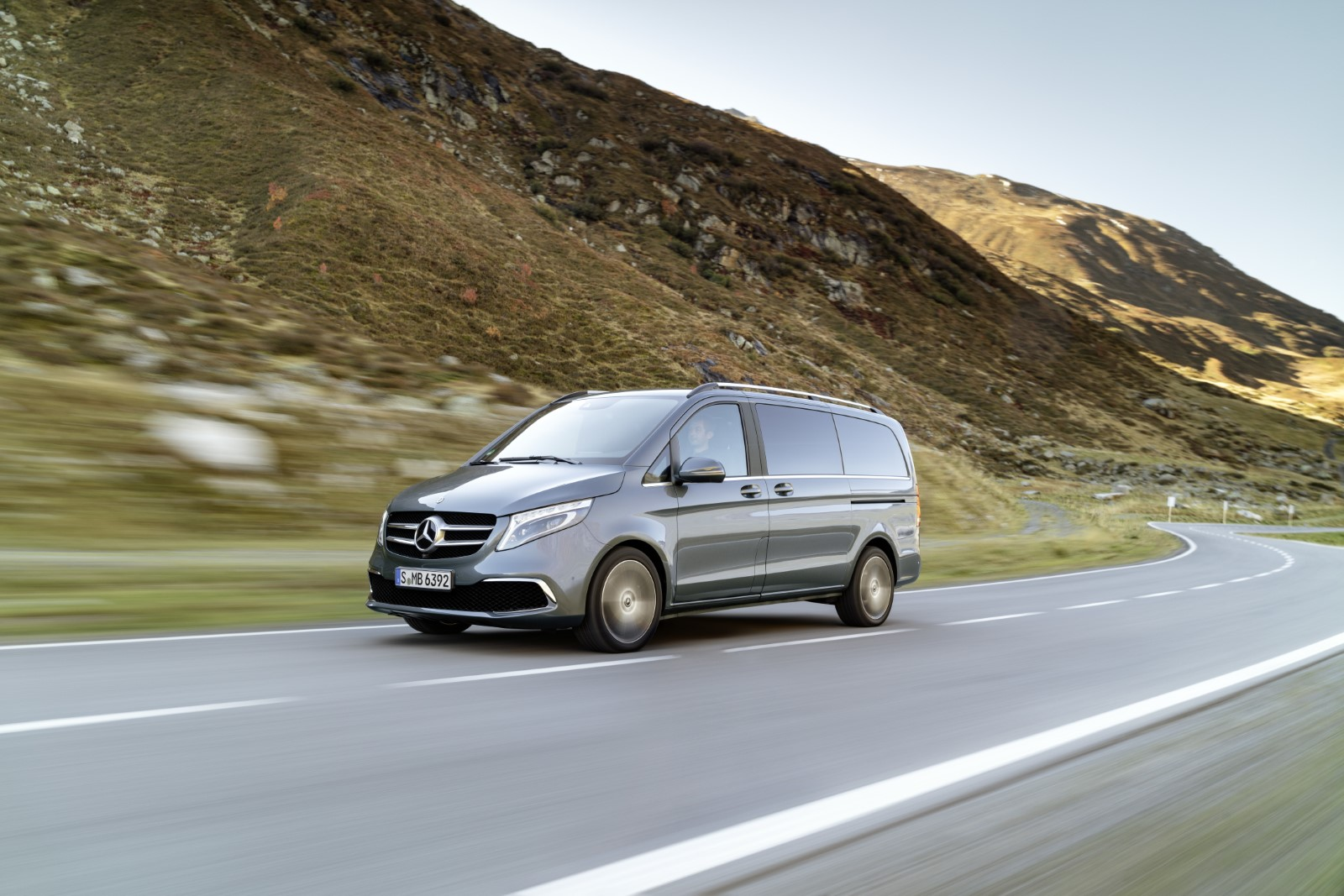 Mercedes ja претстави рестилизираната V класа/ ФОТО+ВИДЕО