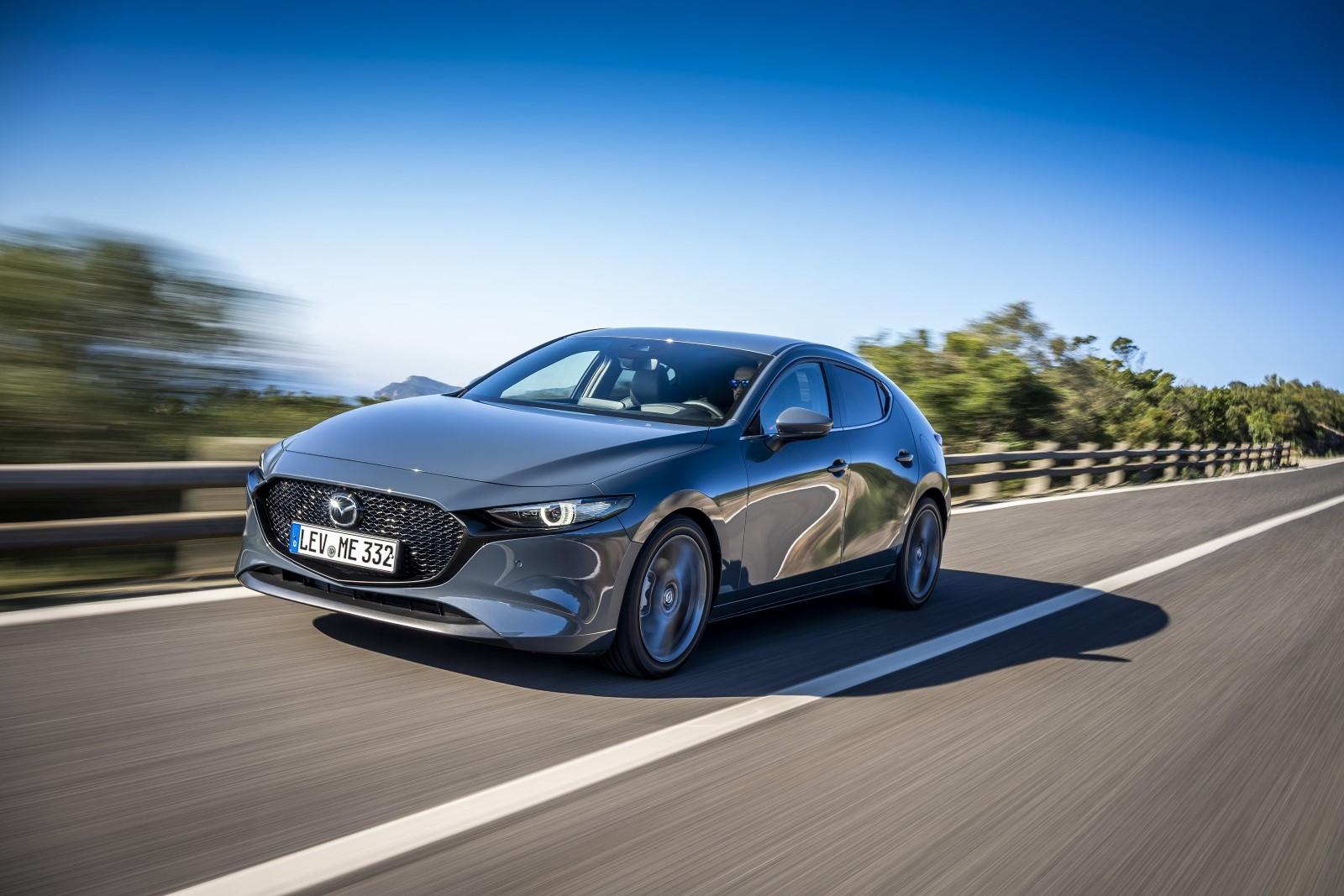 Премиера за целосно новата Mazda3 / ФОТО+ВИДЕО