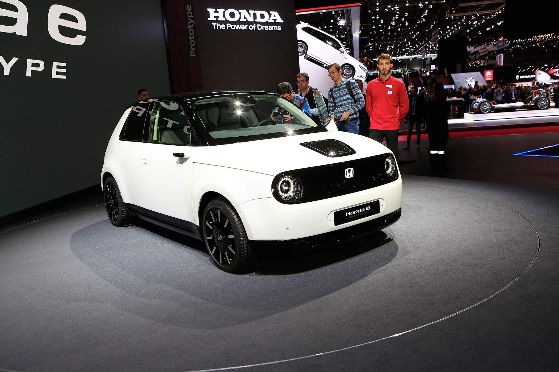Honda e Prototype – јапонски електричен адут / ФОТО+ВИДЕО