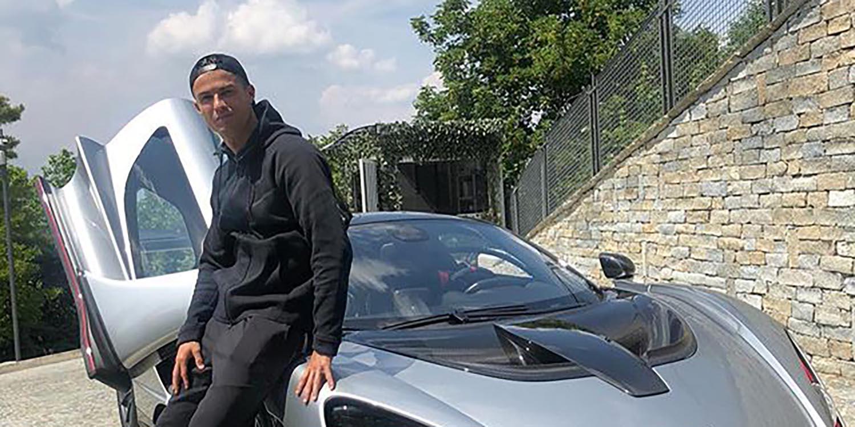 """Роналдо се пофали со нов автомобилски """"ѕвер"""""""