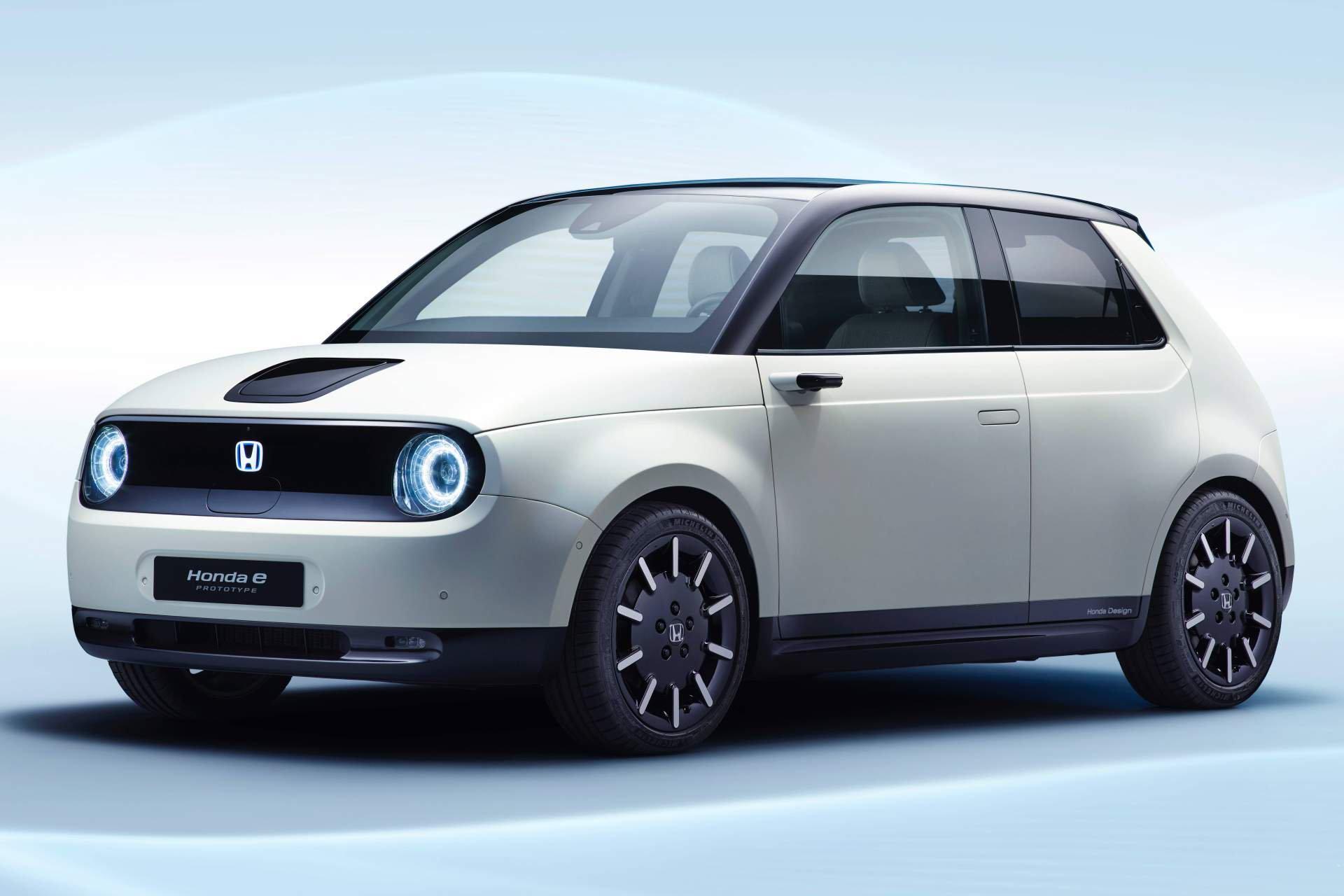 Honda почнува да прима нарачки за својот прв електричен автомобил