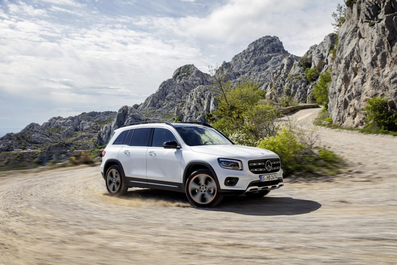 Официјално: Новиот Mercedes GLB – компактен SUV со 7 седишта / ФОТО+ВИДЕО