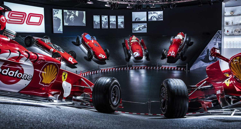 Ferrari слави 90-години учество во авто-мото спортот / ФОТО