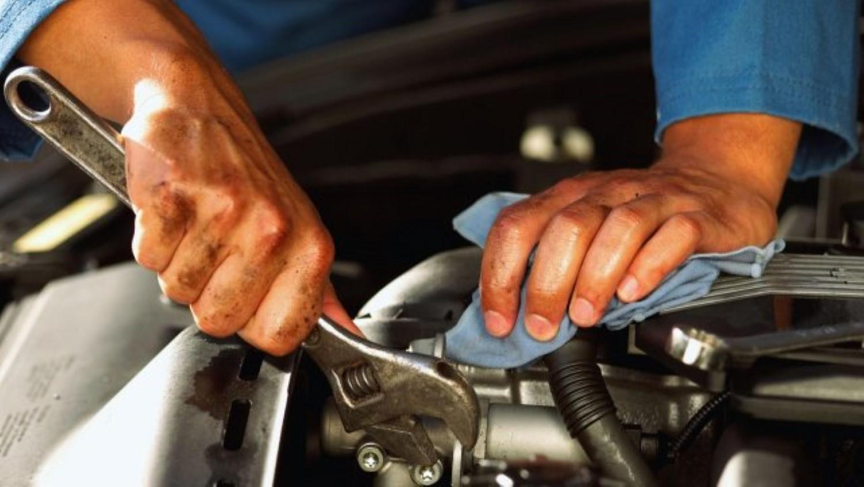 Во Калифорнија се забранува поправка на автомобилите!