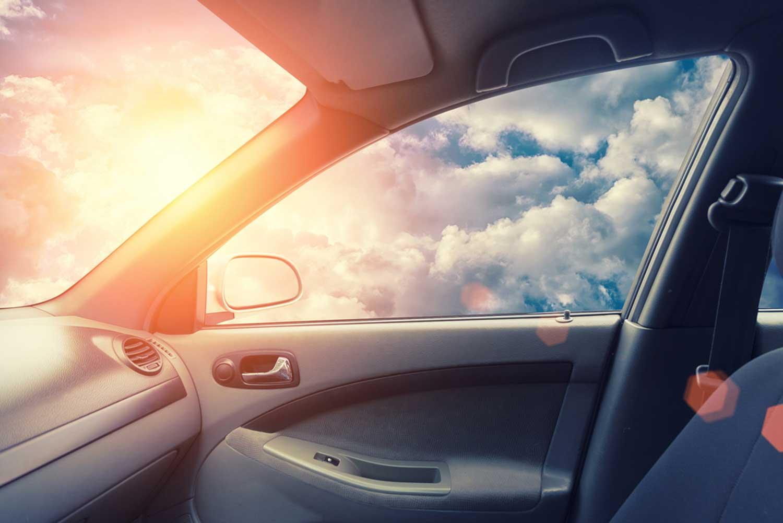 Избегнeте топлотен удар во автомобилот
