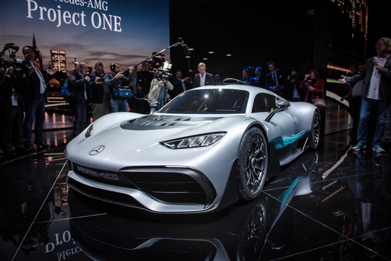 Одложена испораката на Project One, хиперавтомобилот на Mercedes