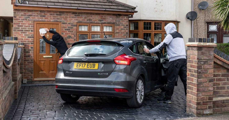 Денешните автомобили може да се украдат за 10 секунди. Дали и вашиот е меѓу нив? / ВИДЕО