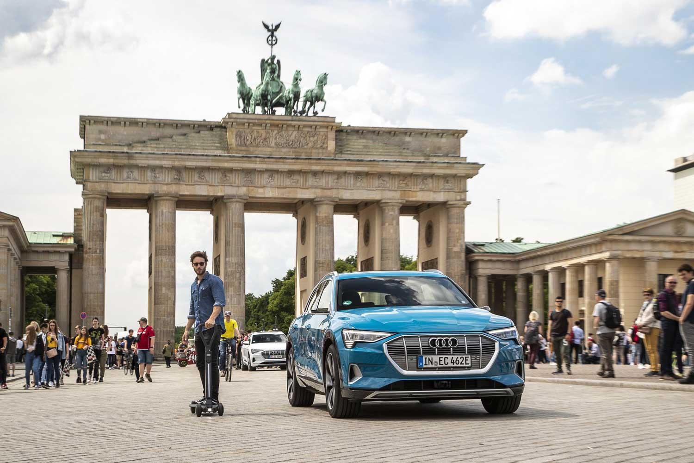 Audi развива електричен скејтборд