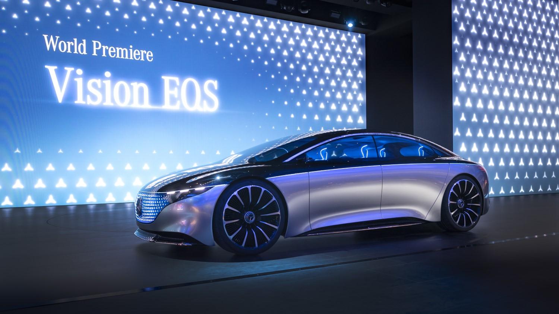 Иднината на S-класата – премиера за луксузниот електричен Mercedes EQS / ФОТО