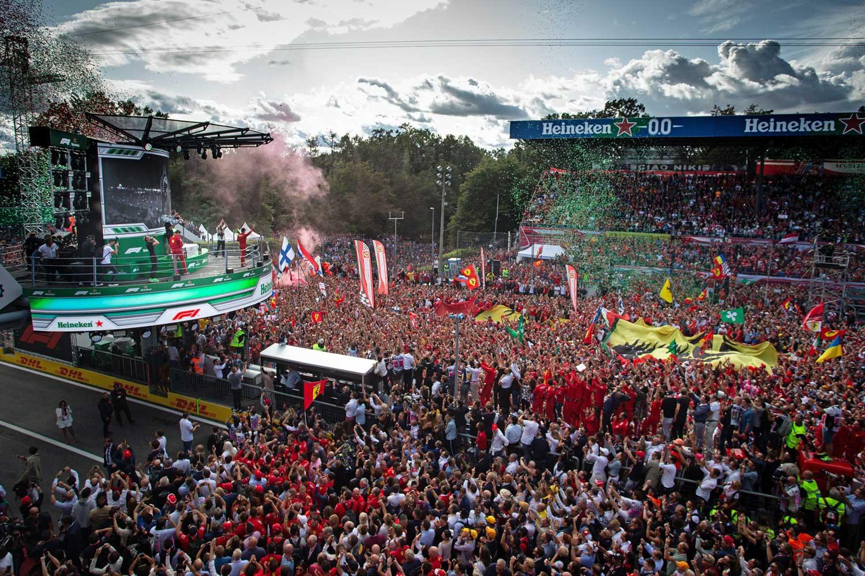 Formula 1: Леклерк успеа да одолее на нападите од Мercedes за победа во Монца!