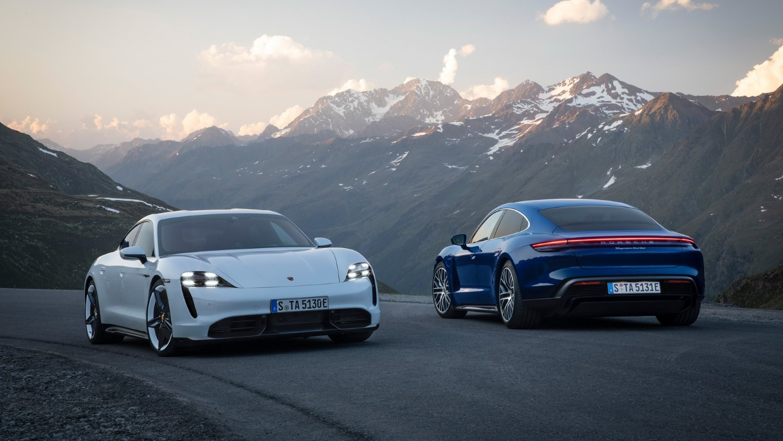 Porsche Taycan: oфицијално претставен европскиот ривал на Tesla Model S / ФОТО+ВИДЕО