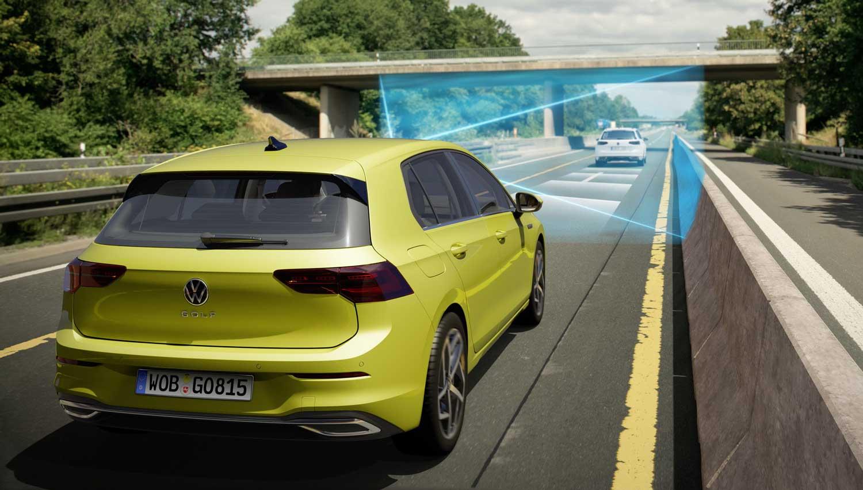 Што во суштина е технологијата V2X која доаѓа со новиот VW Golf?