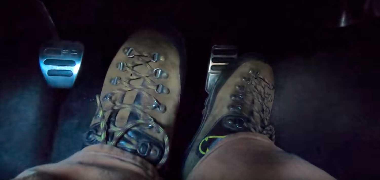 Треба да се погледне: 5 причини зошто е подобро да сопирате со левото стапало / ВИДЕО