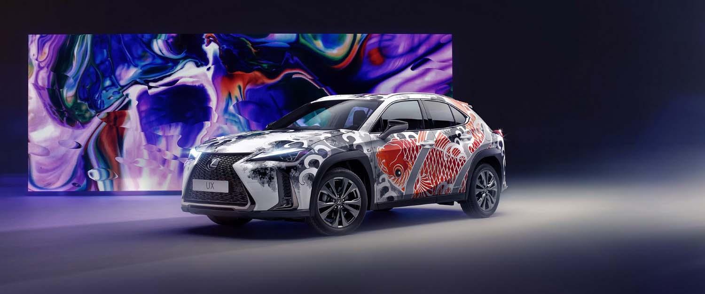 Lexus го претстави првиот тетовиран автомобил во светот / ФОТО+ВИДЕО