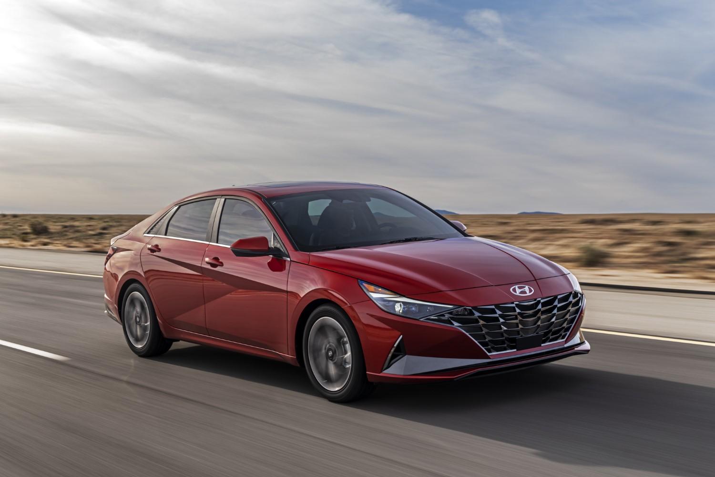 Деби за новата генерација на Hyundai Elantra / ФОТО+ВИДЕО