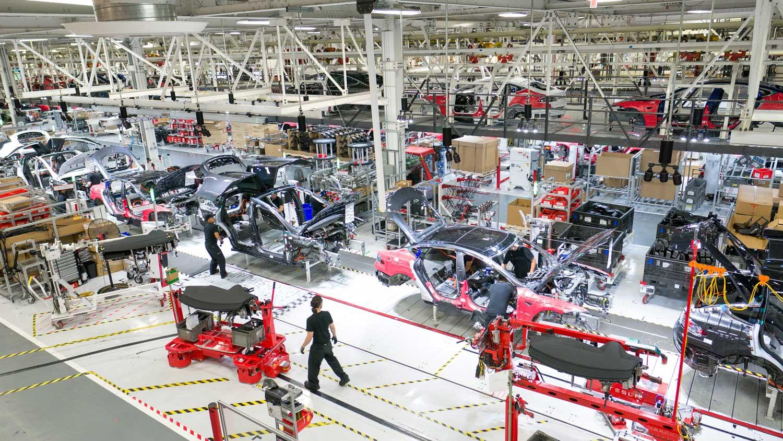 Никој ништо не и може: Tesla рекордно во третиот квартал од оваа година