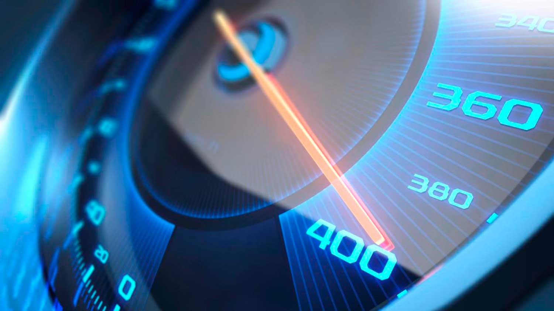 Зошто максималната брзина се ограничува електронски?
