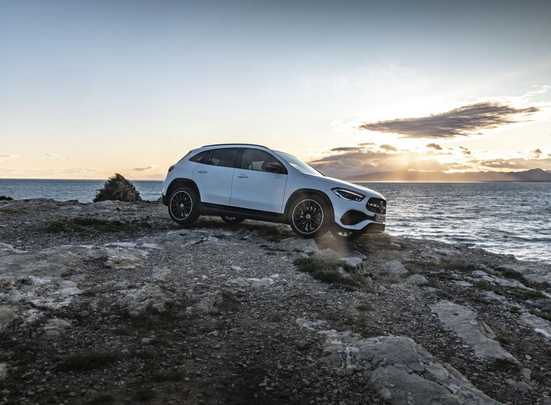 Новиот Mercedes GLA од сите агли / ФОТО ГАЛЕРИЈА