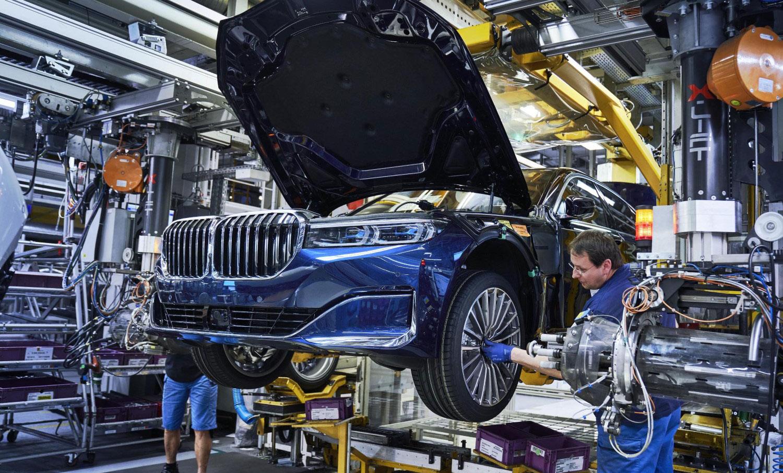 Најмоќниот европски пазар на автомобили преполовен во мај