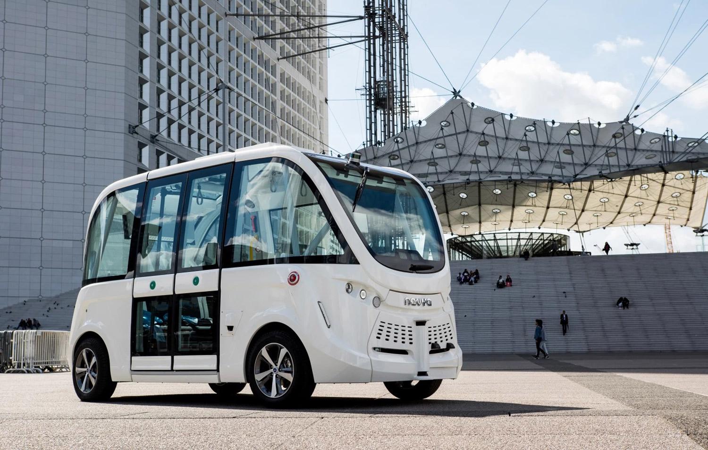 Во пет европски градови започнуваат тестирања на самовозечки автобуси
