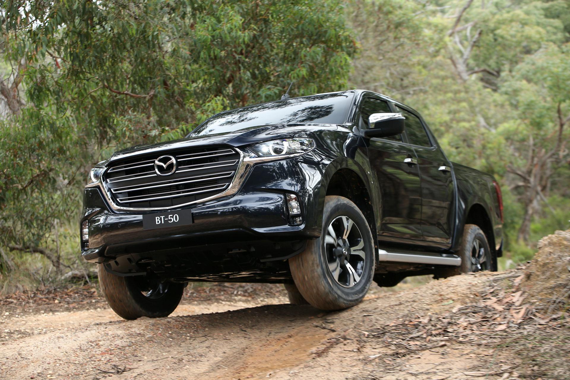 Кодо дизајн и за камионетот на Mazda: деби за новиот BT-50 / ФОТО+ВИДЕО