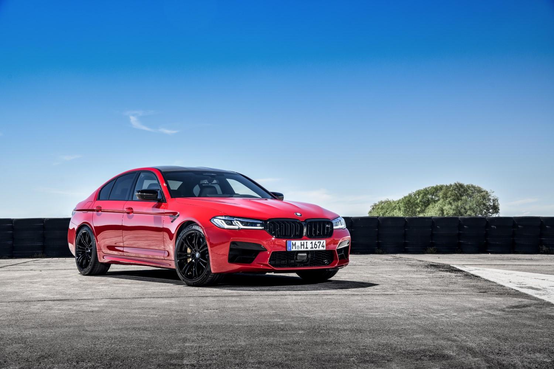 Деби за рестилизираниот BMW M5 / ФОТО
